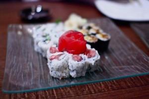 Spicy tuna and sashimi roll