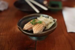 Seared fatty salmon nigiri