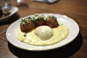 Polenta with spicy pork meatballs