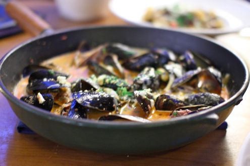 Veal Bolognese Mussels